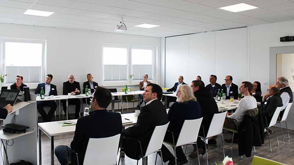 Business Frühstück ecoprotec 2019 Gäste Konferenzraum Paderborn